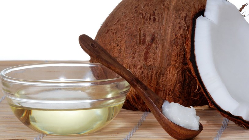 olej kokosowy zalety /© Photogenica