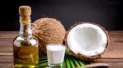 Olej kokosowy zwalcza łupież
