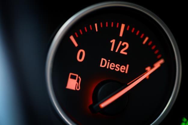 Olej napędowy będzie droższy? /©123RF/PICSEL