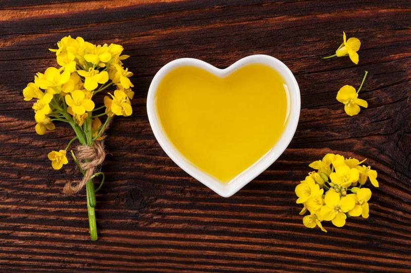 Olej rzepakowy wspiera pracę serca /123RF/PICSEL