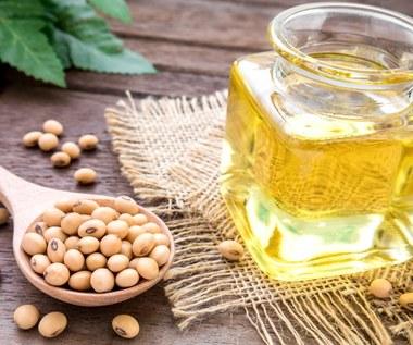 Olej sojowy: Niezbędny w kuchni i kosmetyczce