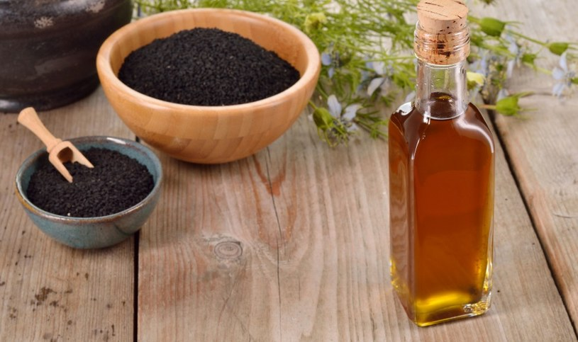 Olej z czarnuszki /©123RF/PICSEL