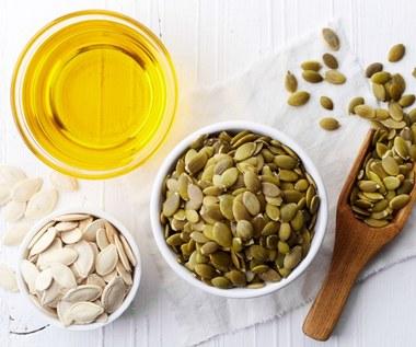 Olej z pestek dyni: Idealnie wpływa na jelita i zapobiega wypadaniu włosów