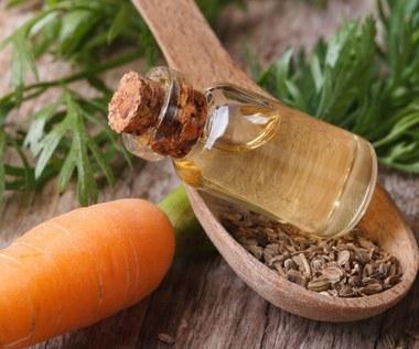 Olejek marchewkowy: Naturalny samoopalacz