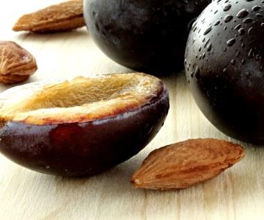 Olejek z pestek śliwki: Głęboko nawilża i odżywia skórę