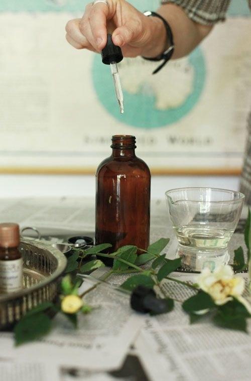 olejki eteryczne perfumy /© Photogenica