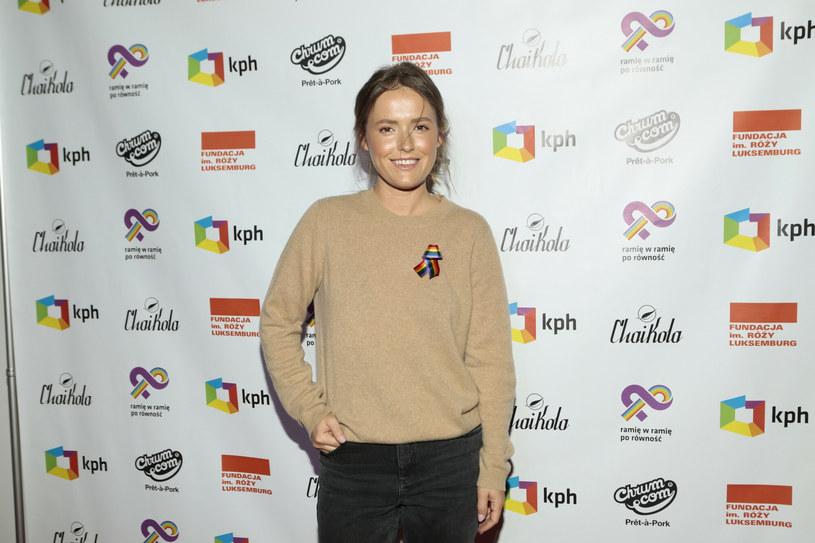 Olga Frycz od kilku tygodni zbiera same pochwały. Schudła i wygląda kwitnąco! /Adam Jankowski /Reporter
