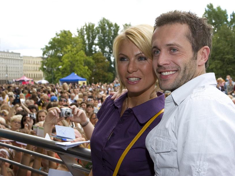 Olga (Karolina Nowakowska) i Kuba (Przemysław Cypryański) już nie są ze soba szczęsliwi. Aktorzy podczas zlotu fanów serialu. /Pawe Przbyszewski /MWMedia