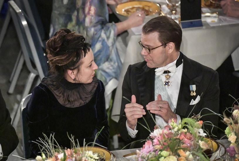 Olga Tokarczuk i książę Daniel podczas bankietu /ANDERS WIKLUND /PAP/EPA