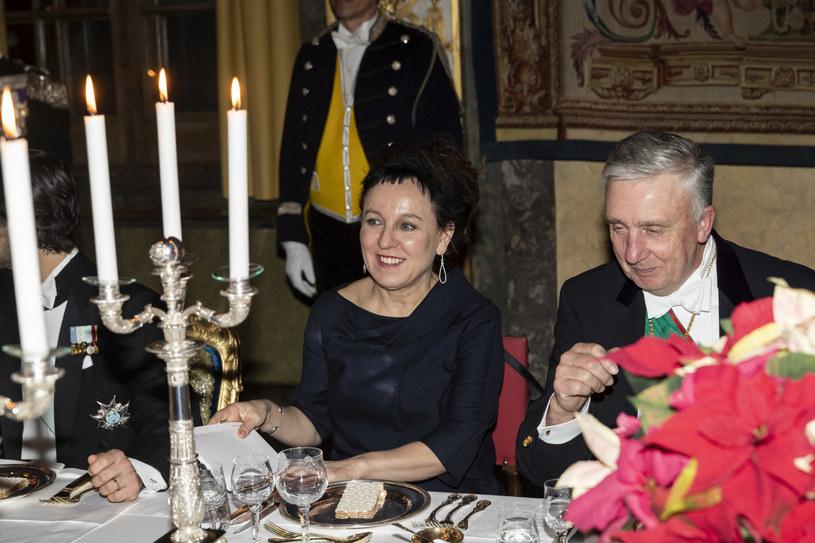 Olga Tokarczuk oraz marszałek Królestwa Szwecji Fredrik Wersäll podczas uroczystej kolacji /Eklund Robert/Stella Pictures/ABACA/Abaca /East News