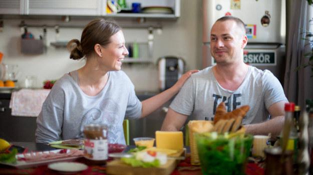 Olga z radością przyjmuje propozycję pracy w Toruniu. Dzięki temu będzie bliżej Kellera. /TVN