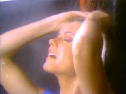 """Olivia Newton-John w klipie do """"Physical"""" /"""