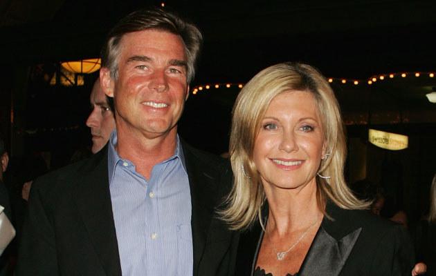 Olivia Newton-John z mężem, fot. Sergio Dionisio  /Getty Images/Flash Press Media