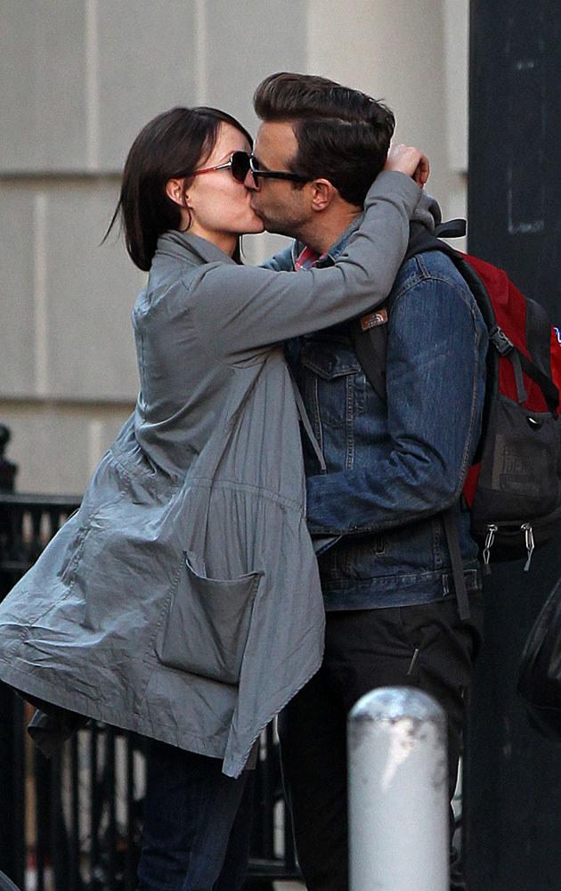 Olivia Wilde i Jason Sudeikis: Jeden z wielu namiętnych pocałunków na ulicach Nowego Jorku /Splashnews