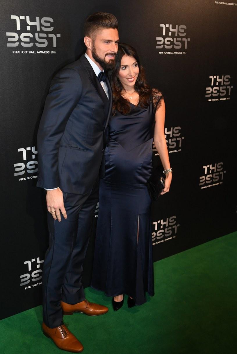 Olivier Giroud z żoną Jennifer podczas gali The Best FIFA Football Awards /PAP/EPA