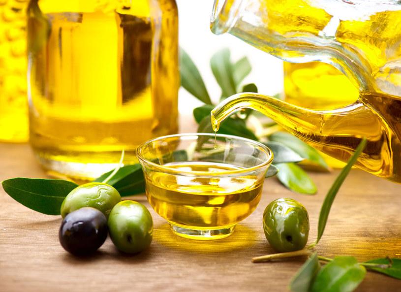 Oliwa to źródło cennych składników /123RF/PICSEL
