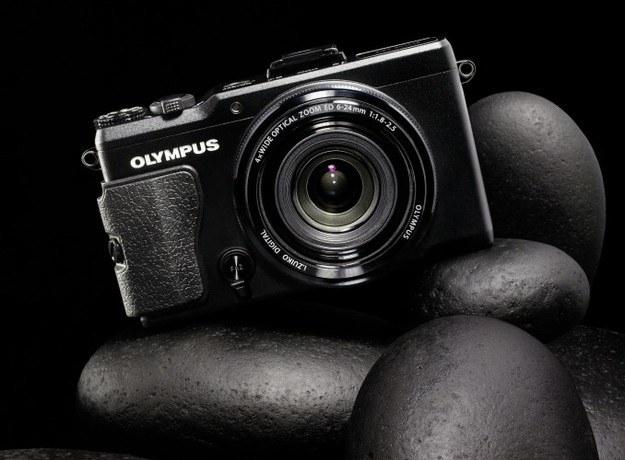 Olympus XZ-2 - przykład zaawansowanego aparatu kompaktowego /materiały prasowe