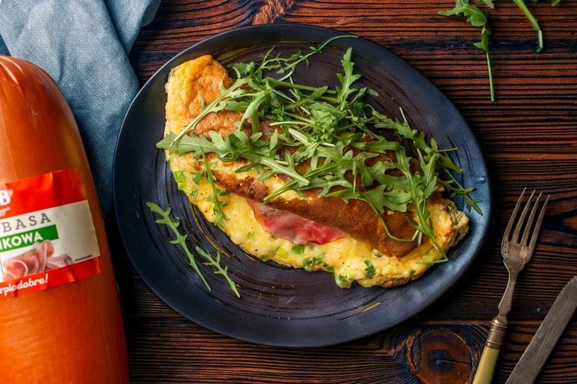 Omlet z rukolą /materiały prasowe