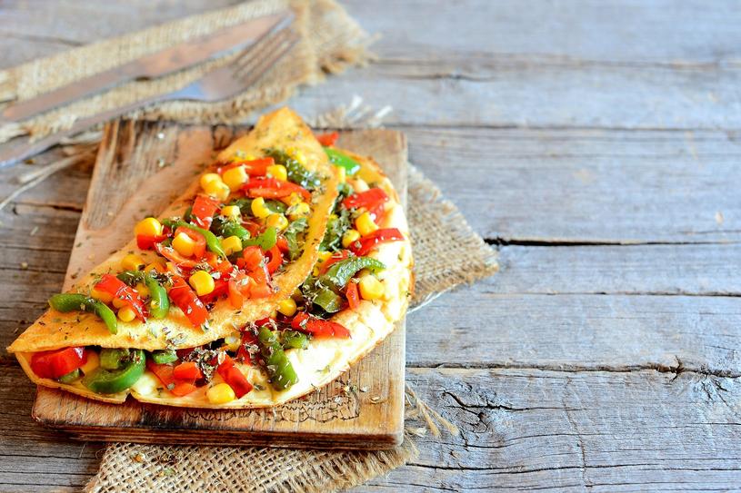 Omlet z warzywami /materiały prasowe