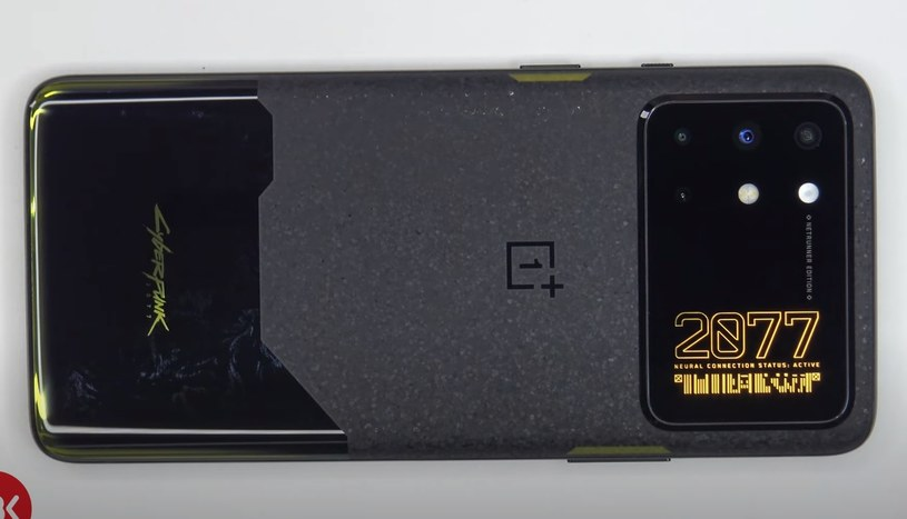 OnePlus 8T  Cyberpunk /YouTube