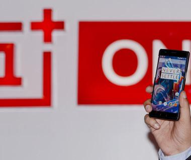 OnePlus nie chce bezprzewodowego ładowania w smartfonach