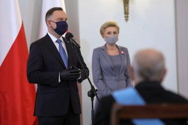 Onet: PiS rozważa dymisję prezydenta Andrzeja Dudy