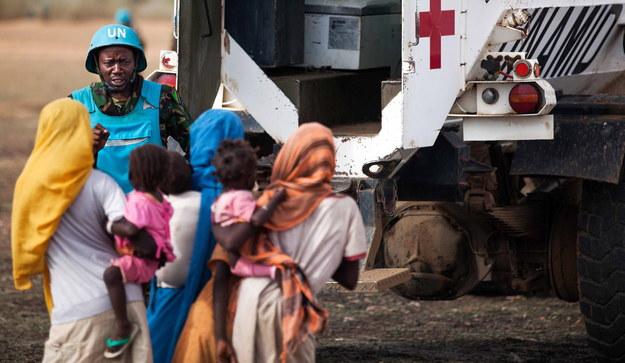 ONZ oskarża sudańskie wojska rządowe o okrucieństwa wobec kobiet / UNAMID  /PAP/EPA