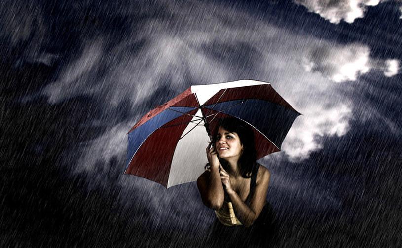 Opadom deszczu towarzyszyć będą burze. /© Panthermedia