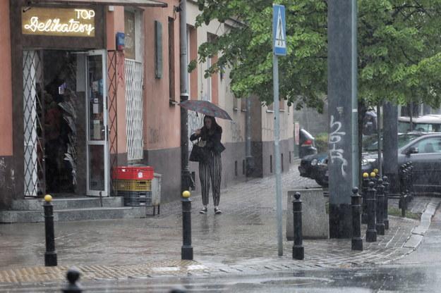 Opady deszczu w Warszawie /Albert Zawada /PAP