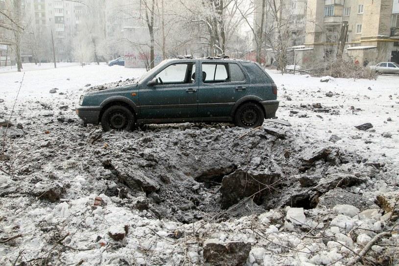 Opady śniegu sparaliżowały Kijów /PAP/EPA