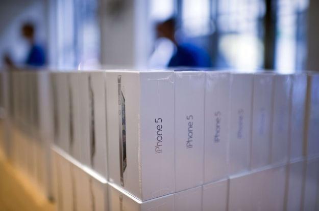 Opakowania Apple rozpuszczają się w ciepłej wodzie /AFP