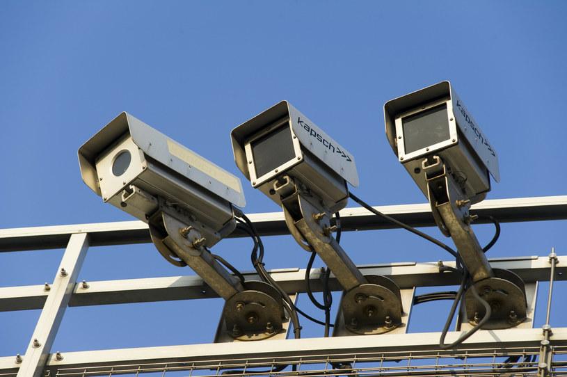 Oparty na systemach wizyjnych i radiowych viaTOLL zostanie wyłączony /Wojciech Stróżyk /Reporter