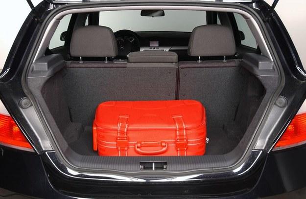 opel astra bagażnik /Motor