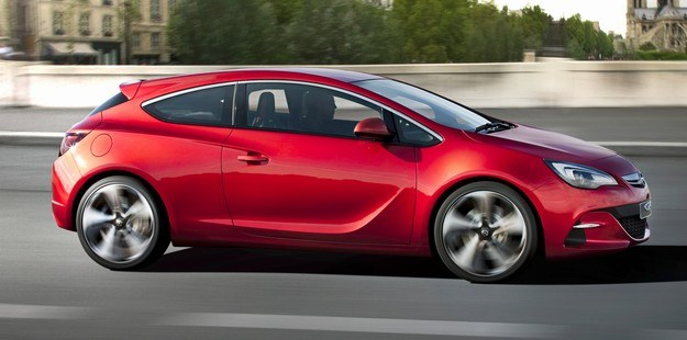 Opel astra GTC paris /