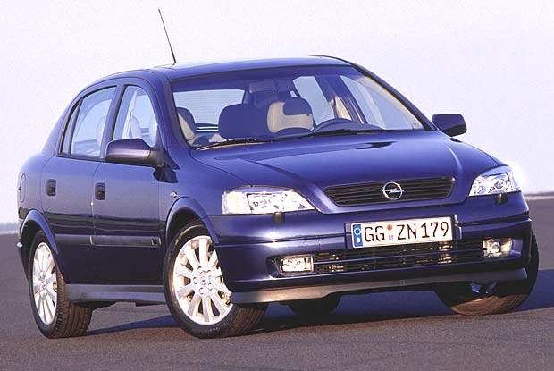 Opel Astra II (kliknij) /INTERIA.PL