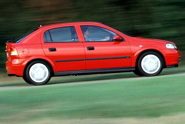 Opel Astra (kliknij) /INTERIA.PL