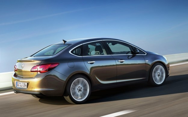 Opel astra sedan /