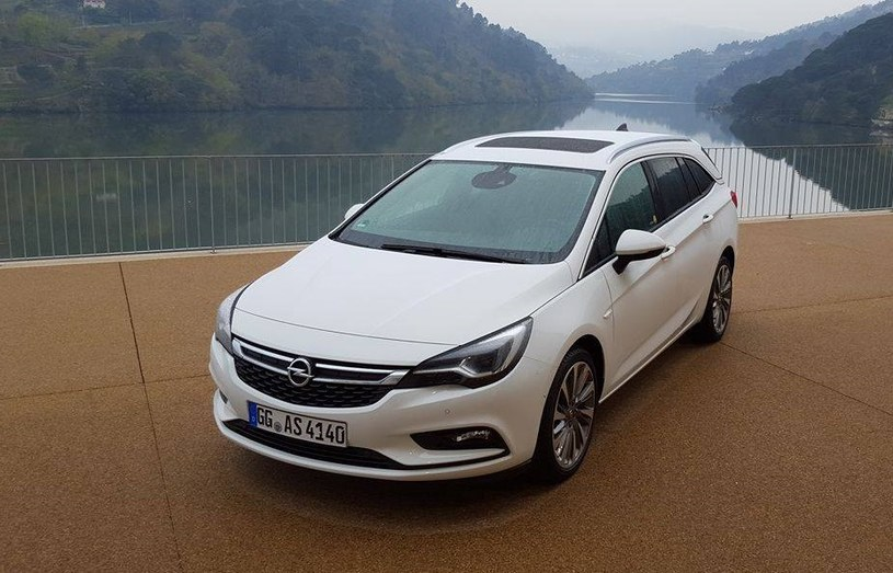 Opel Astra ST /INTERIA.PL