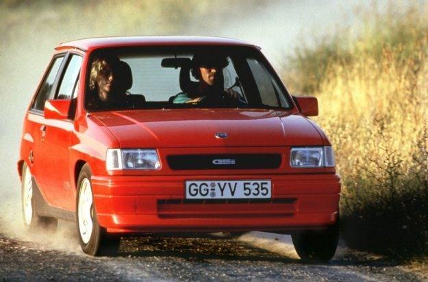 Opel corsa A /