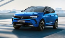 Opel Grandland upodobnił się do najnowszych modeli marki