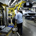 Opel przenosi pracowników z Polski do... Niemiec