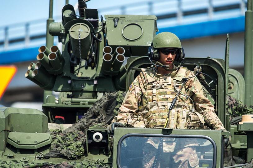 Operacja wojsk powietrznodesantowych państw NATO, w ramach ćwiczeń Anakonda-16 /Tytus Żmijewski /PAP