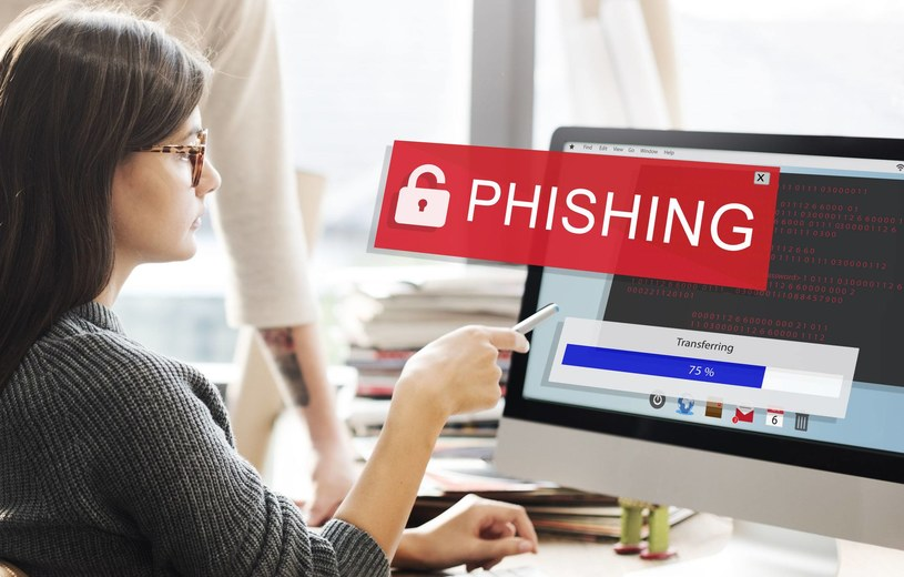 Opisywana forma oszustwa to typowy phishing /123RF/PICSEL