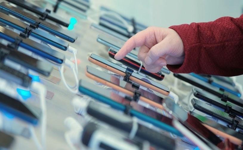 Opłata reprograficzna zostanie nałożona na komputery, tablety i dyski twarde. Koszt poniosą nabywcy tych urządzeń. Opłata nie obejmie smartfonów /123RF/PICSEL