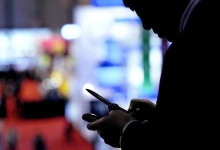 Opłata za usługę telewizji mobilnej nie powinna przekroczyć 10 - 15 złotych /AFP