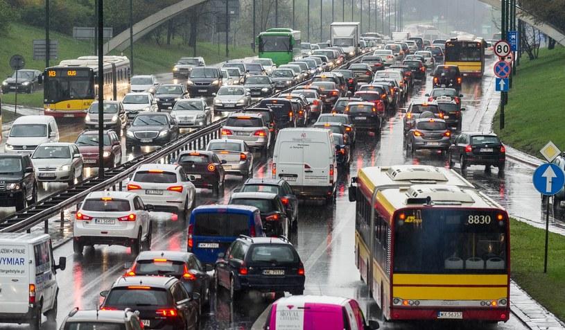 """Opłaty za wjazd do centrów miast miało być sposobem na """"uspokojenie"""" ruchu /Bartosz Krupa /East News"""