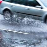 Opolskie: Potężne ulewy. Woda wdarła się do mieszkań