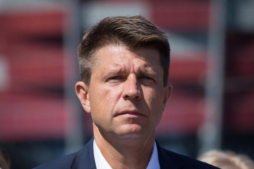 Opozycja deklaruje wolę porozumienia w kwestii wspólnego startu w wyborach samorządowych. Na zdj. lider Nowoczesnej Ryszard Petru /Mateusz Włodarczyk /Agencja FORUM