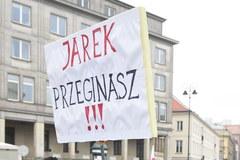 Opozycja i KOD protestują w Warszawie