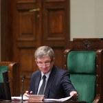 Opozycja zaskarży ustawę o OFE